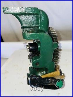 1-1/2 HP Fairbanks Morse Z Governor Bracket Cam Gear Throttle Hit Miss Engine