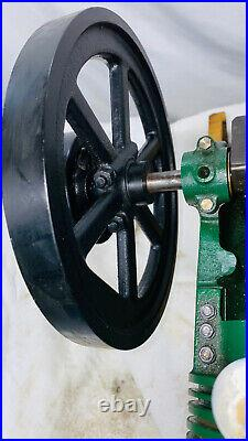 2.5 HP Air Cooled Red Wing Motor Co. Model Hit Miss Gas Engine Flywheel