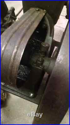 2 HP 1914 John Deere Hit & Miss Motor R&V Engines, Complete
