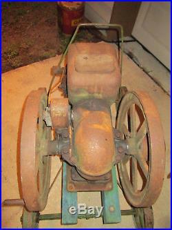 ANTIQUE 1.5 HP JOHN DEERE Hit & Miss stationary Engine Model E, Pull Cart