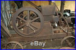 ANTIQUE 7 HP NELSON BRO'S HIT and MISS STATIONARY FLYWHEEL GAS ENGINE, c. 1920s