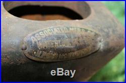 Antique Associated Manufacturers Waterloo, Iowa Hit & Miss Engine