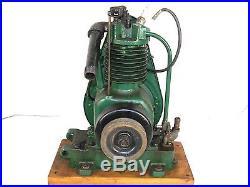 Antique Briggs & Stratton Model FH Straight Fin Engine Motor Hit & Miss