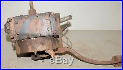Antique Briggs & Stratton kick start engine model Y hit & miss collectible tool