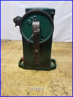 Antique Cast Iron Madison Kipp Mechanical Oiler Hit Miss Steam Engine