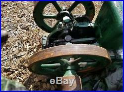 Antique Fairbanks Morse Model Z Hit Miss Gas Engine Headless on cart RUINS