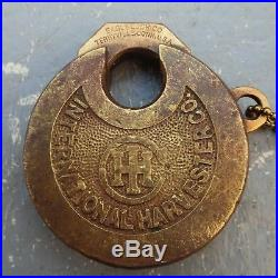 Antique INTERNATIONAL HARVESTER hit miss tractor engine pancake padlock lock key