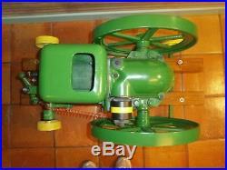 Antique John Deere E 1-1/2 HP 1937 farm barn power stationary gas hit miss
