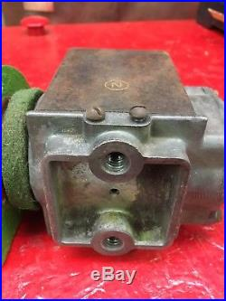Antique John Deere Hit and Miss Gas Engine 1 1/2 HP Mag Magneto Magnet + Housing