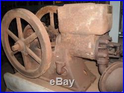 Antique hit miss gas engines odds & ends with 4 engines