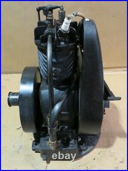 Briggs & Stratton FH Gas Engine Hit & Miss SN# 9207