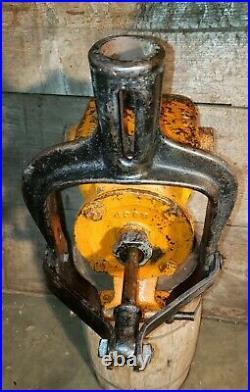 (CASE) Hand Transfer Water Pump Hit Miss, Steam Engine. Rare