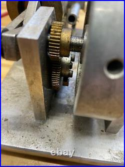Gas Engine Model Runs NOT Hit And Miss. Electronic Ignition