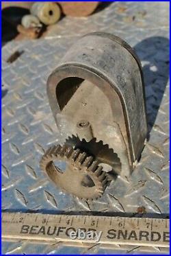 IHC International Type M 1 1/2 HP Hit Miss Gas Engine Type L Magneto
