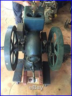 International 1 1/2 HP stationary engine hit and miss
