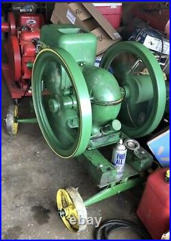 John Deere Can 3 hp Hit And Miss Engine With Original Cart Cast Iron Wheels