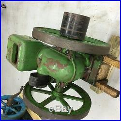 John Deere E 1 1/2 HP Hit and Miss Engine
