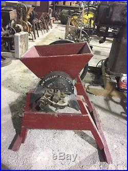 Large Nice New Holland Grinder For Antique Hit And Miss Gas Engine