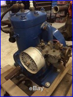 Lauson water cooled marine engine Briggs and Stratton hit & miss
