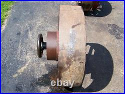 Old 32 CLUTCH PULLEY Hit Miss Gas Engine Steam Tractor Magneto Oiler Motor WOW