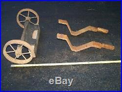 Old ASSOCIATED Hit Miss Gas Engine Wheelbarrow Cart Truck Magneto Steam Oiler