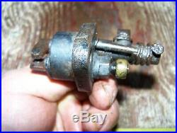 Old IHC 1HP FAMOUS TITAN Hit Miss Gas Engine Ignitor Steam Magneto Oiler WOW