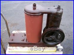 Old IHC McCORMICK DEERING VACUUM PUMP Milker Type M LA LB Hit Miss Gas Engine