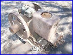 Old NEW IDEA Hit Miss Type Gas Engine Sandwich BOSCH Type S Magneto Steam Oiler