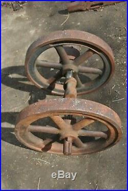 Rare Independent Harvester 1 3/4 HP Hit Miss Gas Engine Flywheels Crankshaft Set