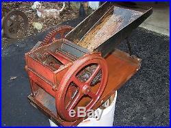 Super Original Small Feed Cutter Fodder Chopper Hand Crank Hit Miss Engine Model
