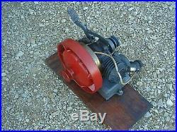 Vintage Rare Utilimotor Engine Johnson Motor Company Waukegan, Illinois Hit Miss